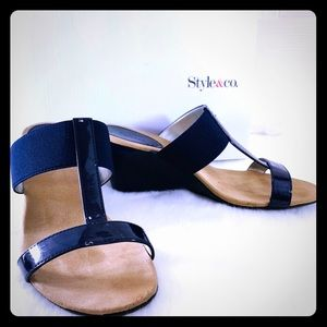 Style & Co Vern Navy Wedge Sandals Sz 7.5